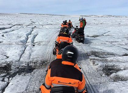 snowmobile_on_glacier